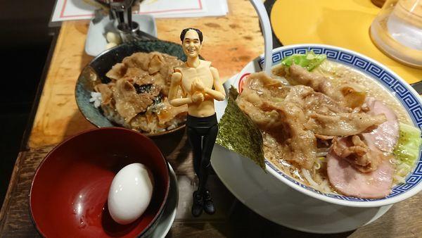 「肉のせ一茶元味917円+他」@麺屋 一茶 下妻店の写真