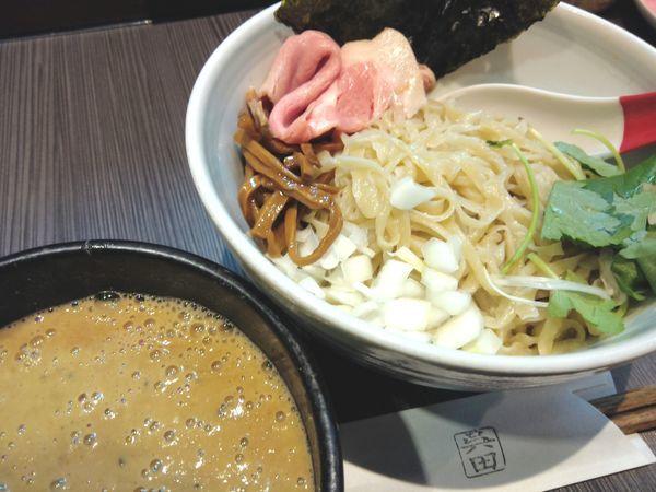 「牡蠣味噌つけ麺 ¥1,230」@味噌専門店 〜味噌呉田 life〜の写真