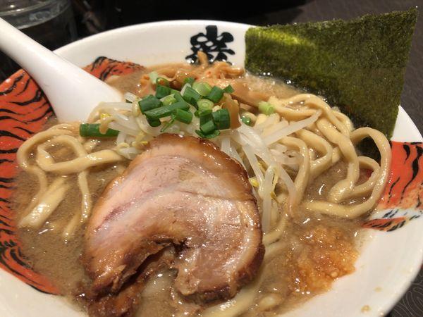 「ら〜麺 850円」@麺屋武蔵 巌虎の写真