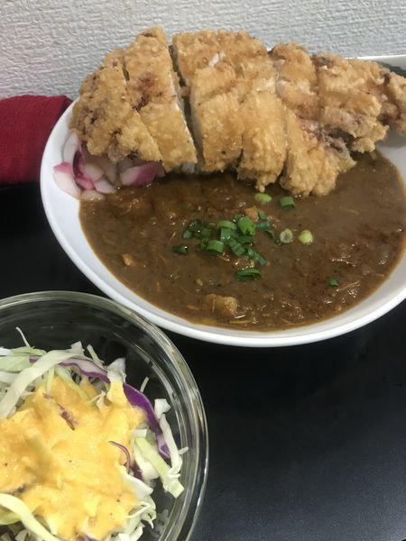 「カリー&ライス(ミニサラダ付き) ¥850 揚げチキン」@ETHNIC STYLE CURRY SHINの写真