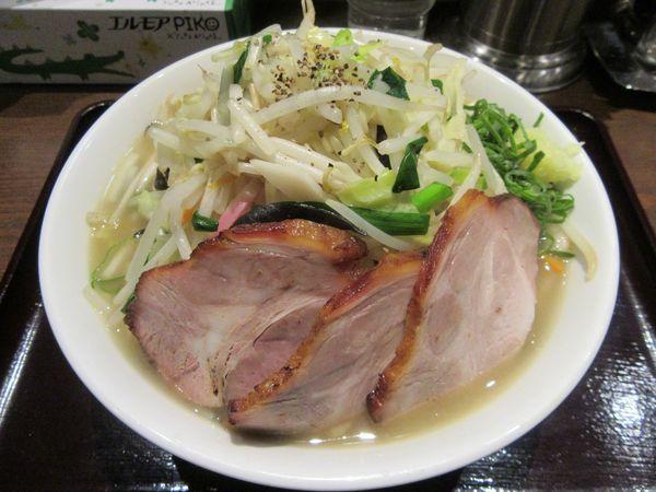 「タンメン(800円)+肉増し+餃子」@中華そば 飯村製作所の写真