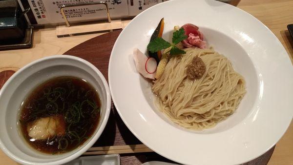 「鶏とポルチーニ茸の醤油つけSOBA 大」@銀座 篝 本店の写真