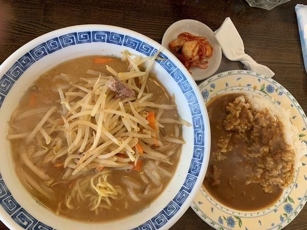 「みそラーメン&ミニカレー(Cランチ)」@洋食 50BANの写真