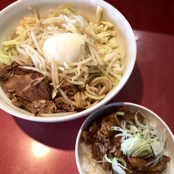 「まぜそば+どてめし(小)」@麺屋しのはら 三日月食堂の写真