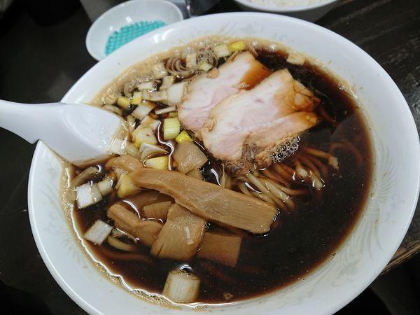 「限定 煮干しブラック 700円」@長尾中華そば 青森駅前店の写真