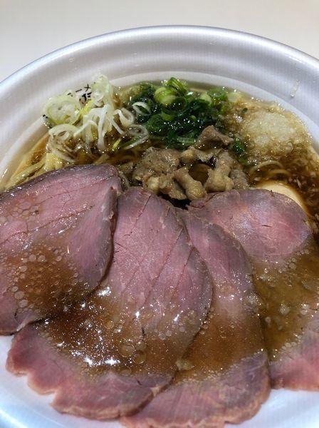 「贅沢醤油らあめん」@牛骨らぁ麺マタドール イコットニコット店の写真