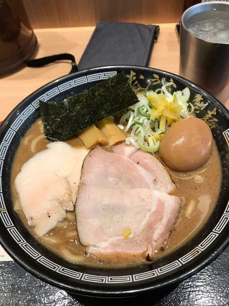 「濃厚中華そば」@松戸富田製麺 ららぽーとTOKYO-BAY店の写真