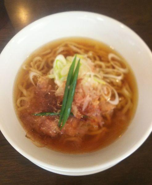 「カツオ醤油  750円」@手打ち麺 やす田の写真