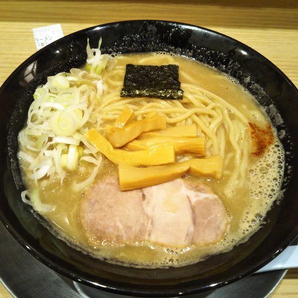 「ラーメン」@舎鈴 新宿西口店の写真
