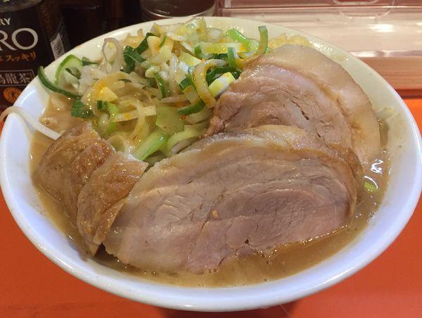 「らーめん豚一切れ(ニンニク少しアブラネギラー油)+豚券」@ちばからの写真