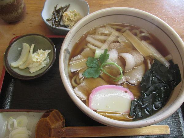 「肉南ばん(うどん) 「890円」」@そば処 桂の写真