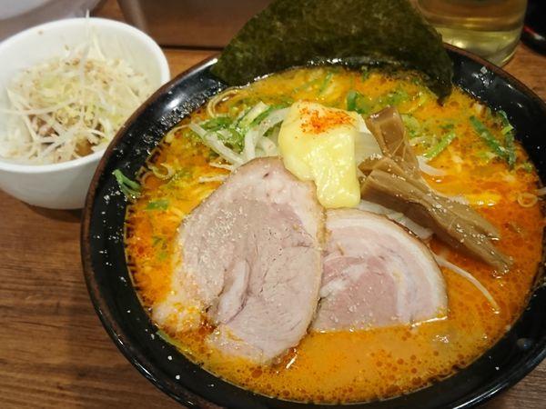 「トマトチーズら~麺 ¥850」@背脂煮干 丸め 新所沢店の写真
