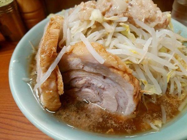 「ラーメン(麺少なめヤサイニンニクアブラ)」@ラーメン二郎 亀戸店の写真