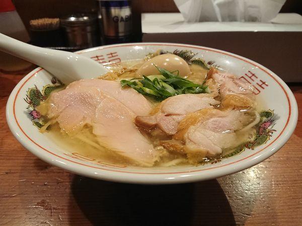「地鶏そば(塩)+大人の味玉」@麺処 ほん田の写真