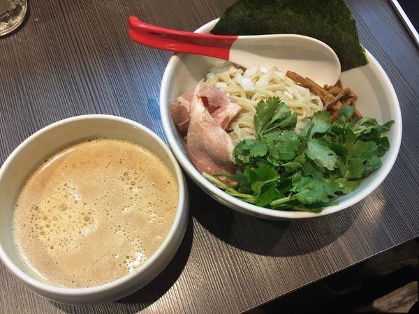 「味噌つけ麺¥900+パクチー¥100」@味噌専門店 〜味噌呉田 life〜の写真