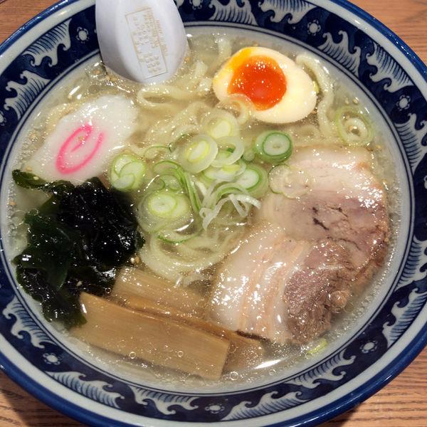 「しおらーめん 690円」@手打ちらーめん 麺之介の写真