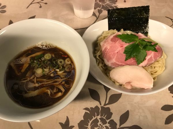 「煮干つけ麺」@小烏丸 ramen-laboの写真