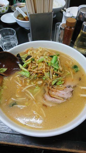「みそチャーシュー麺(ランチ中盛無料)1100円」@支那そば 亀やの写真