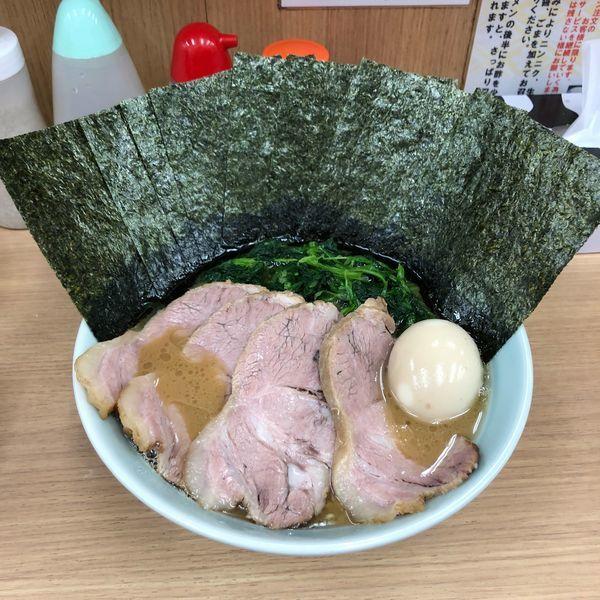 「極並ラーメン」@横浜ラーメン 武蔵家 明大前店の写真