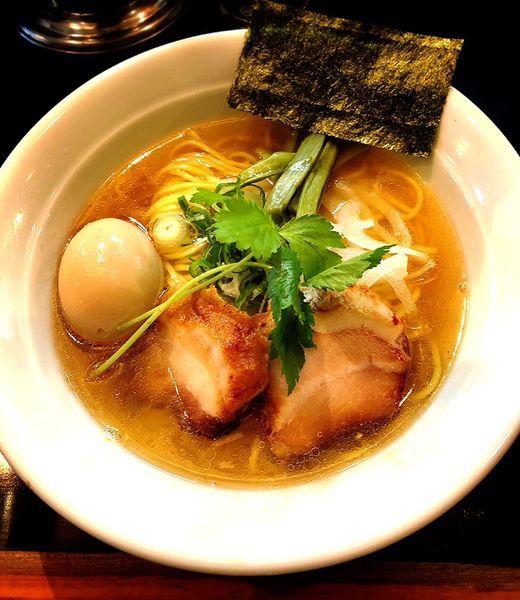 「薩摩軍鶏ラーメン(塩.味玉)」@麺家 うえだの写真