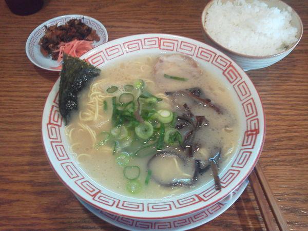 「Aセット(ラーメン+ごはん)650円」@風雲の写真