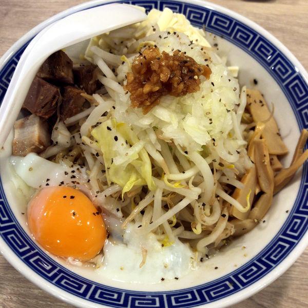 「まぜそば(麺ヤワメ)700円(LINEクーポン)」@景勝軒 高崎総本店の写真