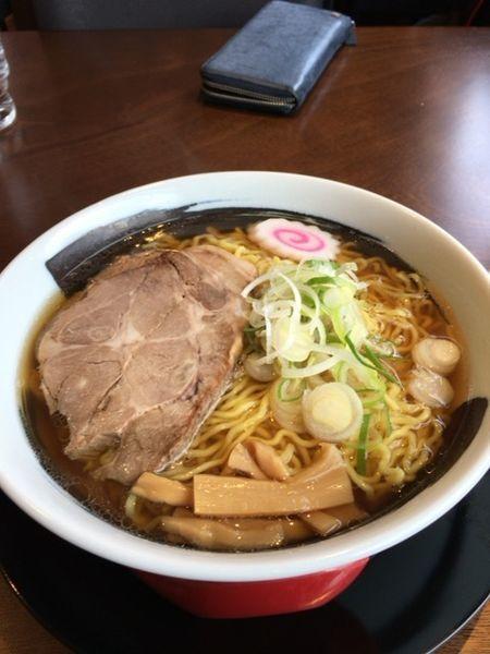 「醤油ラーメン」@麺丼屋くらの写真