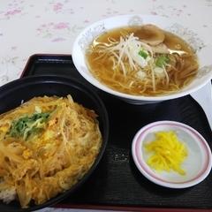 うかいやレストラン 東相生店の写真