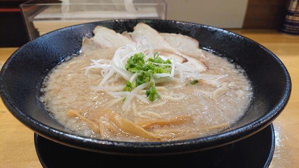 「豚の虜」@自家製中華そば 麺の虜の写真