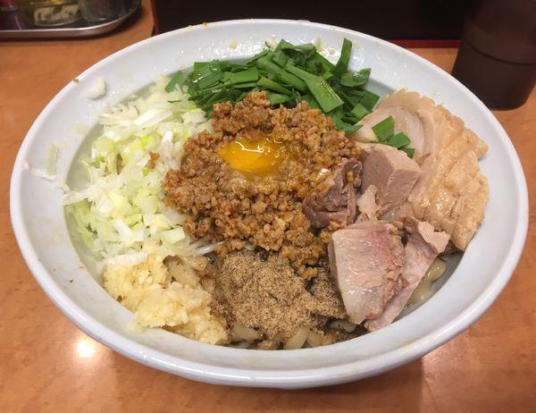 「台湾まぜそば(ニンニク有り)+豚増し(1枚)」@らーめんコジマルの写真