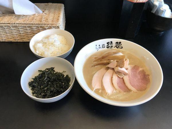 「鶏白湯そば」@らぁ麺 飛鶏の写真
