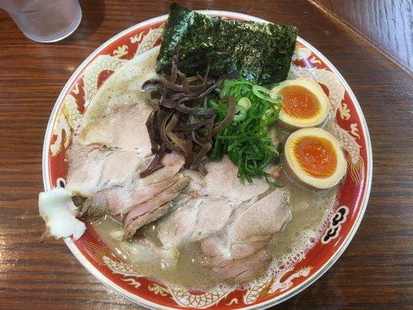 「濃厚ラーメン白(太麺大盛)+キムマヨ丼」@ラーメンかなやの写真