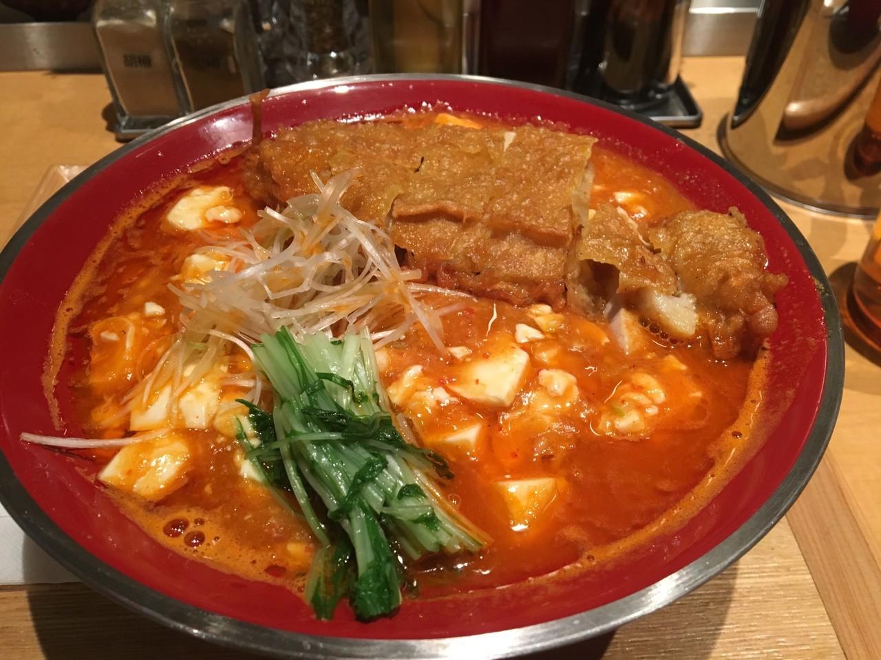 渋谷で食べたい辛いラーメン10選!宮崎名物の辛麺に復活した名物担々麺も!!