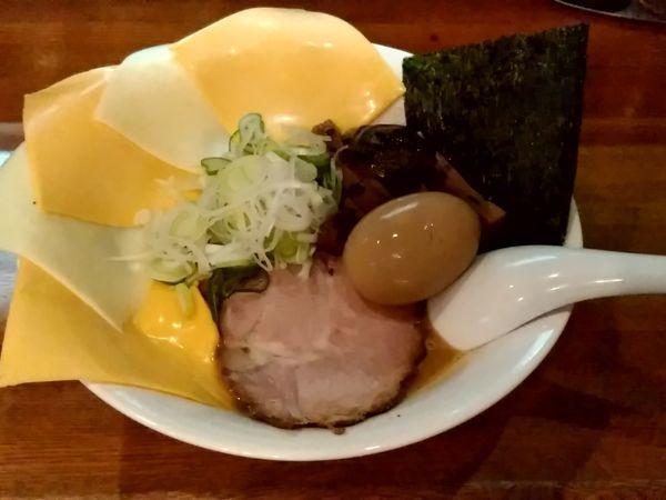 「味玉北海道赤味噌チェダーチーズラーメン(並盛)1,080円」@藤原らーめん店・カレー店の写真