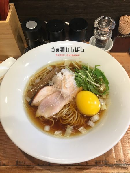「味玉醤油らぁ麺」@らぁ麺 いしばしの写真