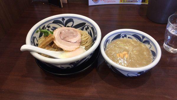 「つけ麺大盛り」@らーめんつけ麺 吉田商店 本店の写真