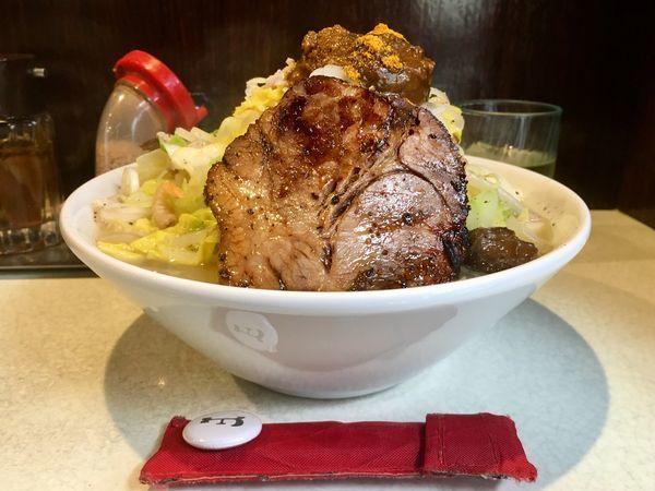 「玉カレーたんめん+チャーシュー」@麺処 まるよし商店の写真