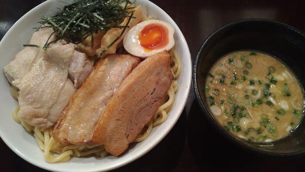 「特製つけ麺特盛り」@らーめんなが田の写真