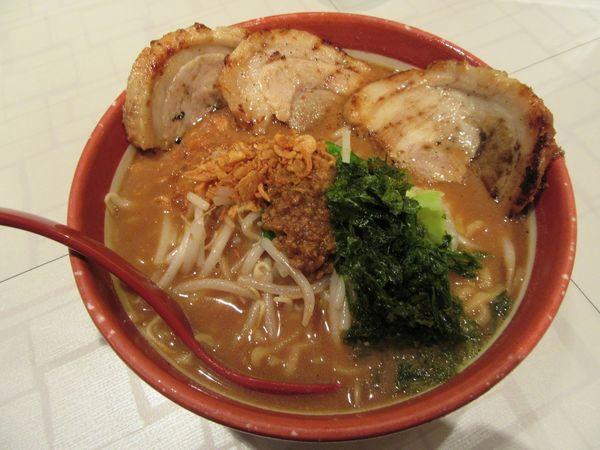 「伊勢味噌炙りチャーシュー麺(1209円)」@みそ屋 田所商店 WBG店の写真