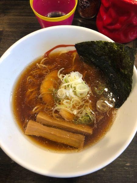 「醤油ラーメン(750円)」@燵家製麺の写真