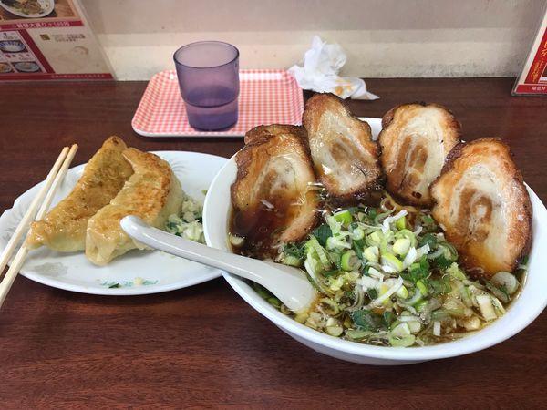 「あぶり焼きチャーシュー麺(大盛)、Bセット(餃子3個)」@陽気軒の写真