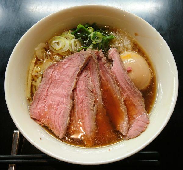 「贅沢焼牛らぁ麺(醤油)」@牛骨らぁ麺 マタドール 本店の写真