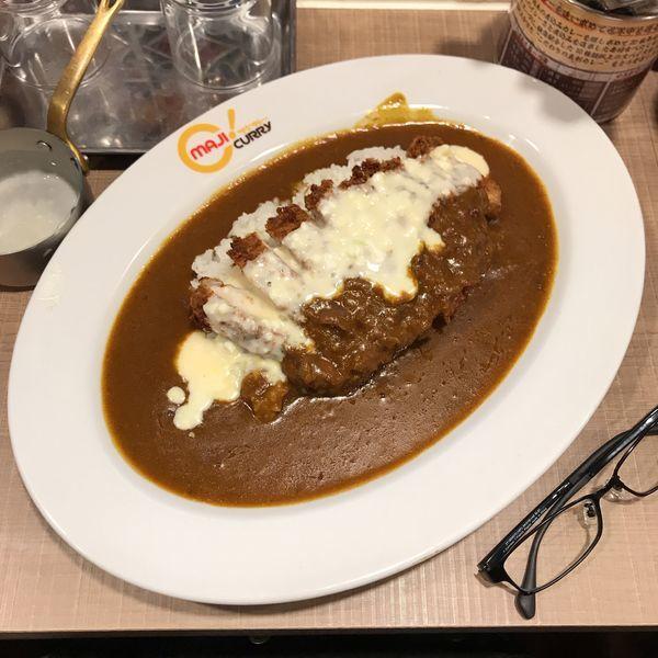 「手仕込み豚カツカレー+チーズソース」@マジカレー 神田神保町店の写真