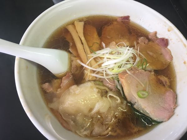 「チャーシューワンタン麺」@手打 焔の写真
