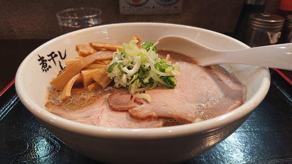 「こってり煮干らーめん メンマ」@つけめん らーめん 青樹 立川店の写真