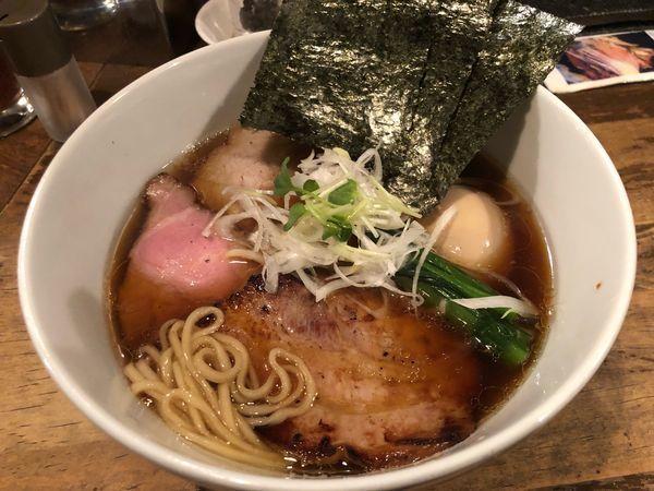 「支那そば850円、特製トッピング250円」@日本橋 製麺庵 なな蓮の写真
