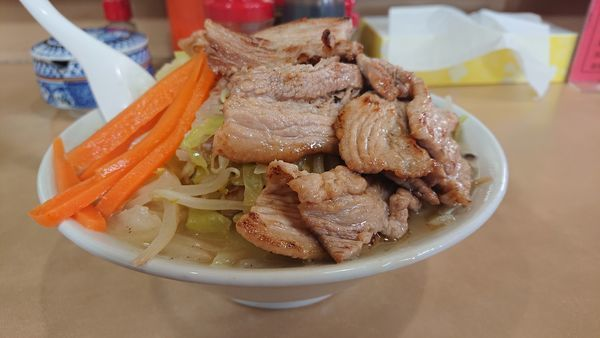 「特製湯麺」@塩山館食堂の写真