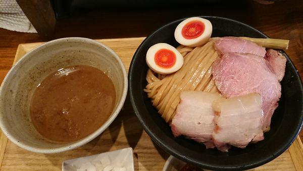 「特製つけ麺特盛 1150円」@いかれたNOODLE Fishtonsの写真