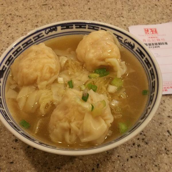 「招牌雲呑麺(チウパイワンタンミン)」@沾仔記の写真