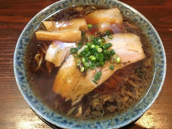「熟成醤油ラーメン」@古式ラーメン 鶴亀の写真